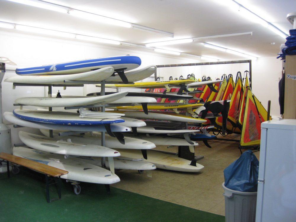 Surfbretter im Lager